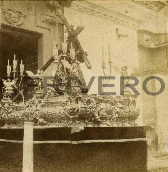Paso de Jesús del Gran poder en la puerta de la Iglesia de San Lorenzo en Sevilla, 1857