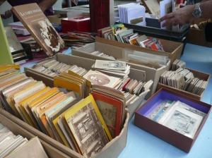 Fotografías antiguas a la venta en la Feria de Bièvres. Junio 2012