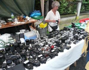 Material fotográfico de fines del S. XX en la Feria de Bièvres. 2012