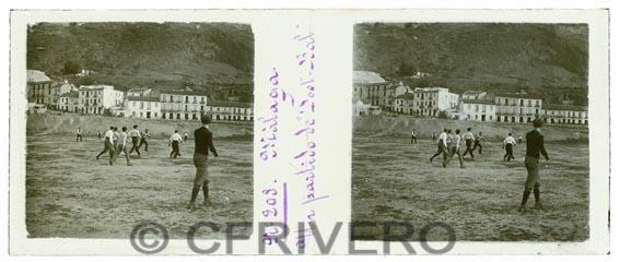 Estereoscopia de Jacinto Ruiz del Portal Ribelles. Un partido de foot-ball. Ca. 1900 (Col. Fernández Rivero)