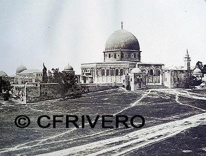 Fotografía en albúmina de Felix Bonfils, de la Mezquita de Omar en Jerusalem. Hacia 1870