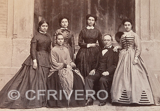 Laurent, Jean. Ramón Collado y Ortiz con su familia. Madrid, 1858. Albúmina (Col. Fernández Rivero)