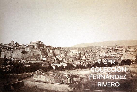 Alphonse de Launay. [Segovia, panorámica]. Calotipo. 1854. (Col. Fernández Rivero)