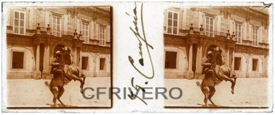 José Luis Demaría López - Campúa. [Alfonso XIII a caballo] Estereoscopia. Gelatinobromuro sobre cristal. Ca. 1910