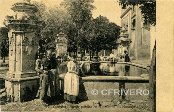 Córdoba. Fuente pública en el Patio de los Naranjos. Ed. Rafael Garzón. (1905-1930)