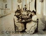 Cigarreras de la fábrica de tabacos en Sevilla hacia 1890. Fotografía de Emilio Beauchy