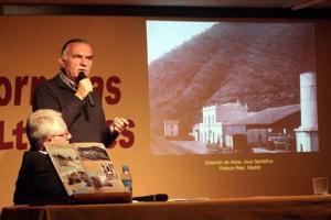 Juan Antonio Fernández Rivero en la conferencia sobre José Spreafico en Álora. Colegio Cervantes de Álora el 25/04/2014