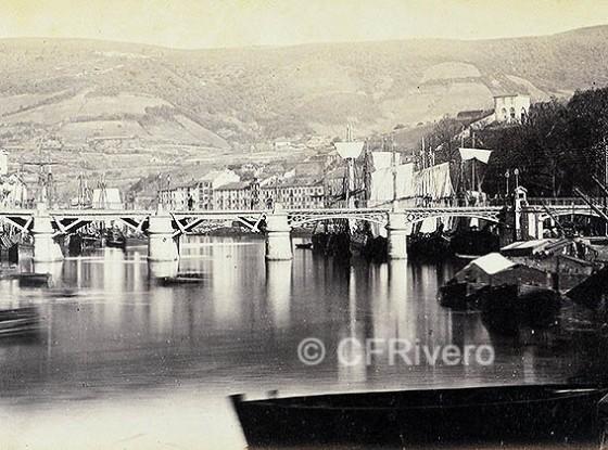 Puente del Arenal o de Isabel II en Bilbao. Fotografía de José Martínez Sánchez en 1866/67. (Col. Fernández Rivero)