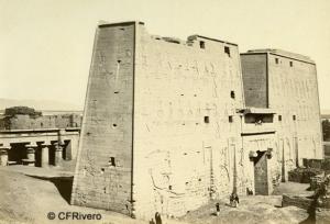Frith, Francis (1822-1898) Londres. Templo de Edfu (Egipto). Albúmina, 1857