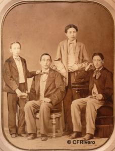 Mr. Fernando y Anaïs (Antonio Fernández Soriano 1827-1916 y Anne Tiffon Cassan 1831-?) Barcelona. Retrato de Josep Anton Bas e fills: Josep, Guillerm i Albert. Albúmina. 1855-60