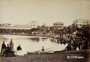 Autor desconocido. Oficiales del Regimiento 86º con sus esposas e hijos en Port Elizabeth, Cabo de Buena Esperanza, (Sudáfrica). Albúmina. 1867