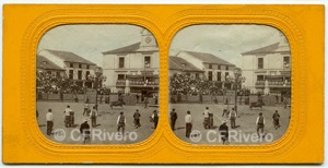 Corrida de toros en la plaza de Riaza (Segovia) 1860/75. Estereoscopia en albúmina de autor desconocido.