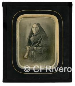 Clonwek. Retrato de una señora con abanico. Madrid. Daguerrotipo iluminado. Ca 1850.