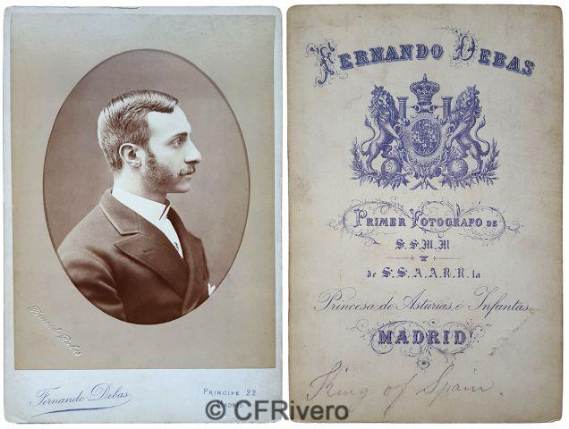 Fernando Debas. Retrato de Alfonso XII de perfil. Madrid, Ca. 1880. Cabinet en albúmina.