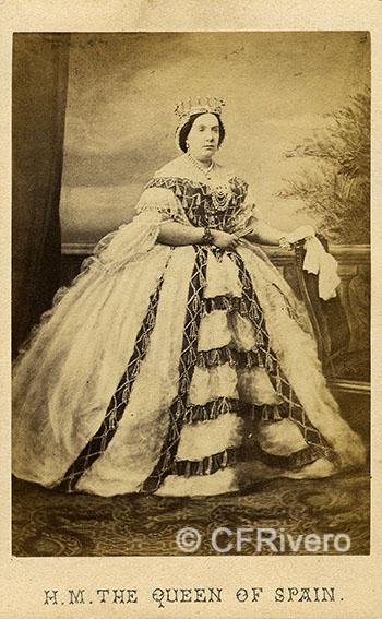 Charles Clifford. Isabel II de España. Carte de visite en albúmina. Hacia 1860