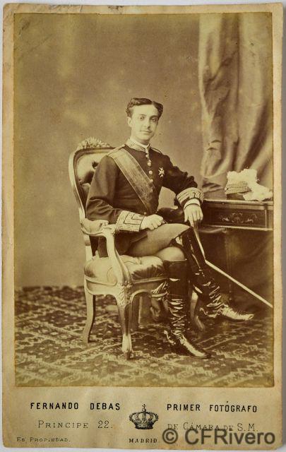 Fernando Debas. Retrato de Alfonso XII. Madrid, ca. 1877. Cabinet en albúmina.