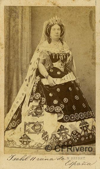Pedro Martínez de Hebert. Isabel II disfrazada de Judith. Madrid, Ca. 1860. Carte de visite en albúmina.