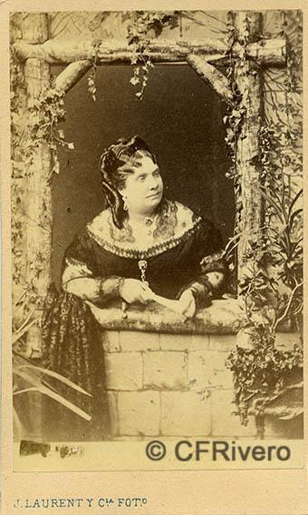 Jean Laurent. Isabel II de España. Madrid, ca. 1865. Carte de visite en albúmina