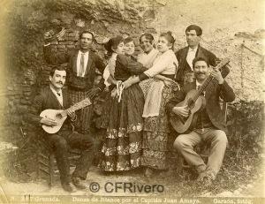 Rafael Garzón Rodríguez. Nº 387 Granada. Danza de Jitanos por el Capitán Juan Amaya. Albúmina, ca. 1890