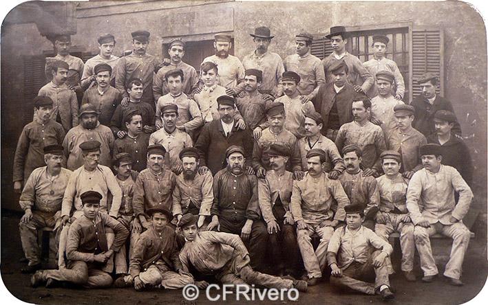 Jules David. Grupo de trabajadores de la Ferrería de Heredia. Málaga, 1887.