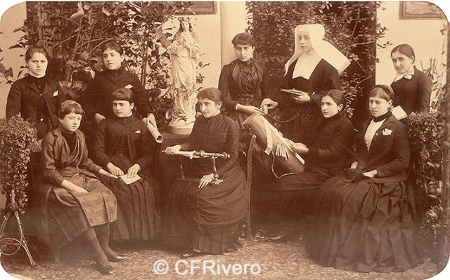 Jules David. Colegio de Niñas Nobles de Granada. 1888. Albúmina