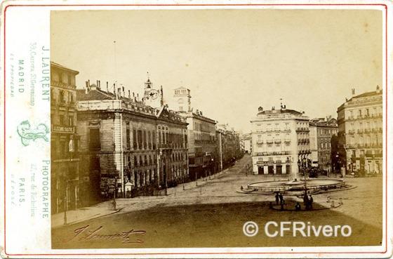 Jean Laurent. Madrid, la Puerta del Sol avec le Ministere. 1865-70. Cabinet en Albúmina