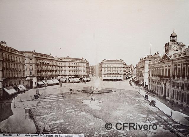 Jean Laurent. Nº 41[a] Madrid, vista general de la Puerta del Sol. 1886-1870. Albúmina (CFRivero)