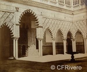 Luis Masson. Sevilla, Alcázar, patio de las Doncellas. Albúmina, ca. 1860 (CFRivero)