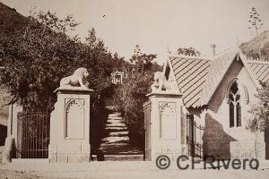 Luis Masson. Málaga, entrada del Cementerio Inglés. Albúmina, ca. 1860. (CFRivero)