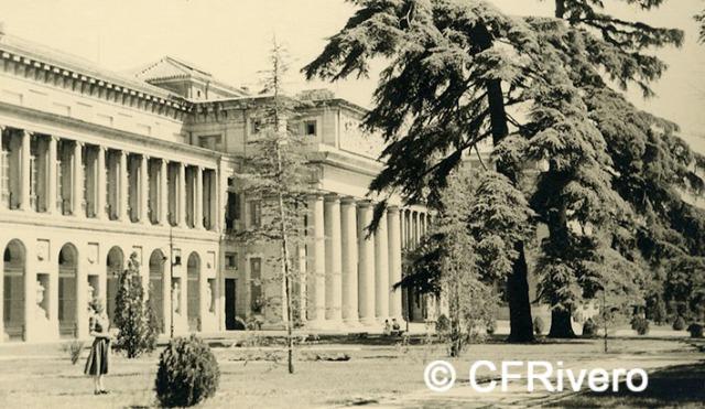Autor desconocido. Madrid, Museo del Prado, fachada al Paseo. 1952. Gelatina de plata. (CFRivero)