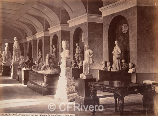 Jean Laurent. Madrid 340 Vista interior del Museo de escultura. 1870d. Albúmina (CFRivero)