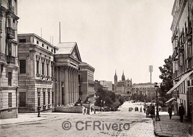 Hauser y Menet. Madrid, Carrera de San Gerónimo, Palacio del Congreso, al fondo la Iglesia de los Jerónimos y el Museo del Prado. 1895/1900. Fototipia (CFRivero)