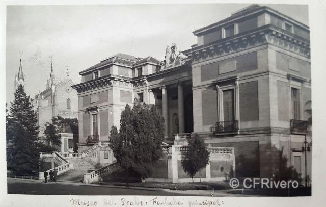 Hauser y Menet. Madrid, Museo del Prado fachada principal. Tarjeta postal en gelatina de plata. h. 1920 (CFRivero)