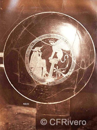 Francis H. Bacon?. Vaso de cerámica ática con Edipo y la Esfinge. 1880d. Albúmina. (CFRivero)