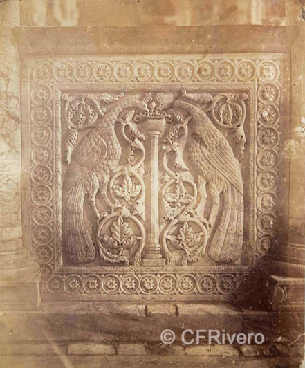 Francis Henry Bacon. Bajorrelieves del antepecho de la iconostasis de la Basílica de la Assunta. Torcello (Venecia). 1880d. Albúmina (CFRivero)