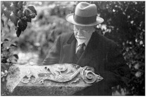 Francis H. Bacon en la casa de Calvert en los Dardanelos. (Fot. Allen) h. 1935