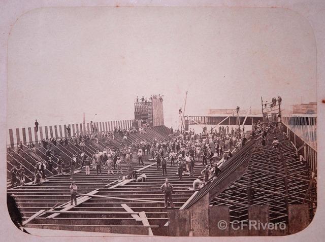 Courret Hermanos. Construcción del Mercado Central. Lima 1860/70. Albúmina (CFRivero)