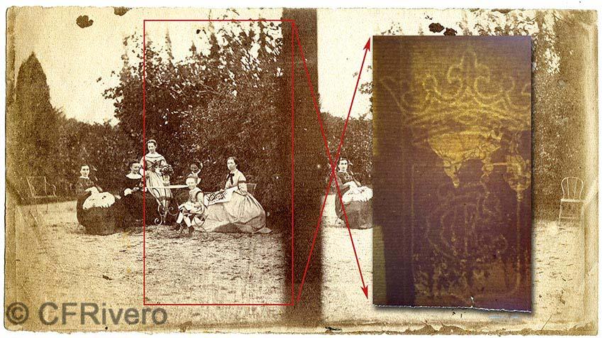 Autor desconocido. Familia burguesa en el jardín (Francia?), destacada la imagen de la filigrana del papel que puede observarse al trasluz. h 1855. Estereoscopia en papel a la sal procedente de negativo de papel. (CFRivero)
