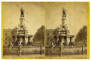 262. Frank Good. Barcelona, fuente de la Plaza Real. Estereoscopia en albúmina. 1869