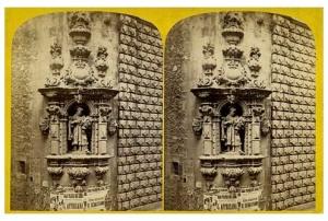 265. Frank Good. Barcelona, esculturas en una esquina de la calle Belem. Estereoscopia en albúmina. 1869