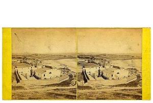 272. Frank Good. Tarragona, Vista desde las murallas, mostrando restos del anfiteatro romano. Estereoscopia en albúmina. 1869