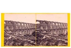 281. Frank Good. Tarragona, acueducto romano. Estereoscopia en albúmina. 1869