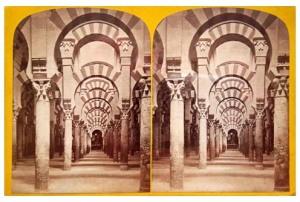289. Frank Good. Córdoba. Interior de la Catedral, avenida de columnas. Estereoscopia en albúmina. 1869