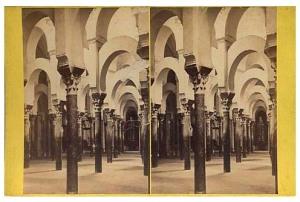 291. Frank Good. Córdoba, interior de la Mezquita o Catedral. Considerada como el mejor ejemplo de la arquitectura árabe en España. Estereoscopia en albúmina. 1869