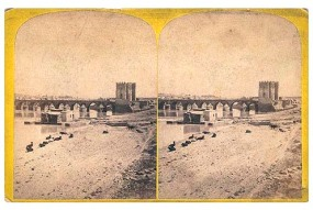 304. Frank Good. Córdoba. Torre y puente. Estereoscopia en albúmina. 1869