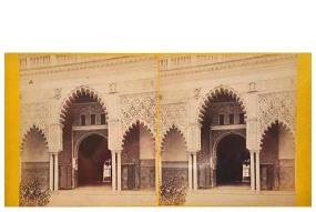 322. Frank Good. Sevilla. Centro de la puerta, fachada del Alcázar [Patio de las Doncellas]. Estereoscopia en albúmina. 1869.