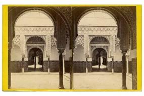 323. Sevilla. Parte de un patio interior. Alcázar. [Patio de las Muñecas]. Estereoscopia en albúmina. 1869.