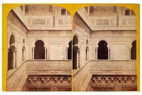 324. Frank Good. Sevilla. Vista de detalle del Patio Interior. [Patio de las Muñecas, parte superior]. Estereoscopia en albúmina. 1869.