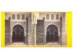 325. Frank Good. Sevilla [Alcázar] entrada a la Sala de Embajadores. Estereoscopia en albúmina. 1869.