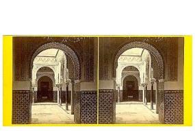 326. Frank Good. Sevilla, patio del Alcázar del lado de la Sala de los Embajadores. [Patio de las Doncellas]. Estereoscopia en albúmina. 1869.